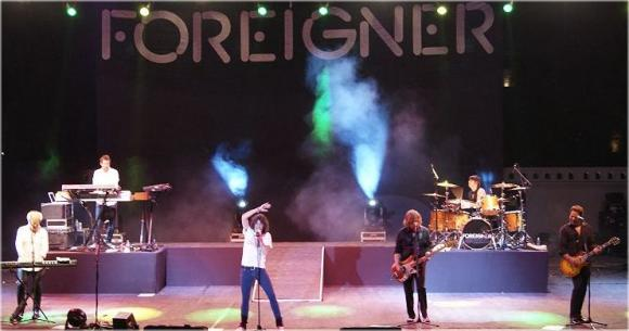 Foreigner at Mohegan Sun Arena